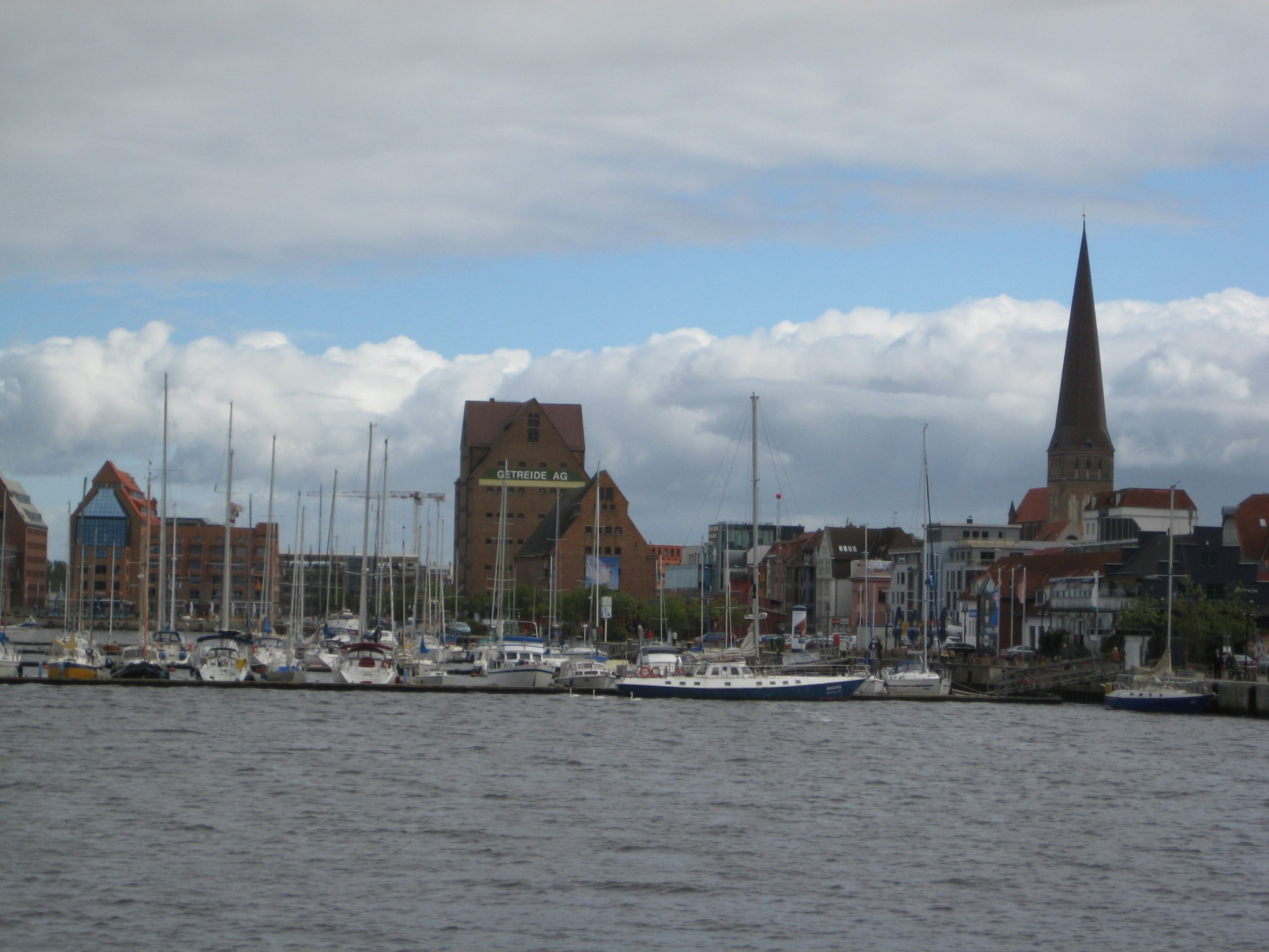 Warnemünde Hafen 2