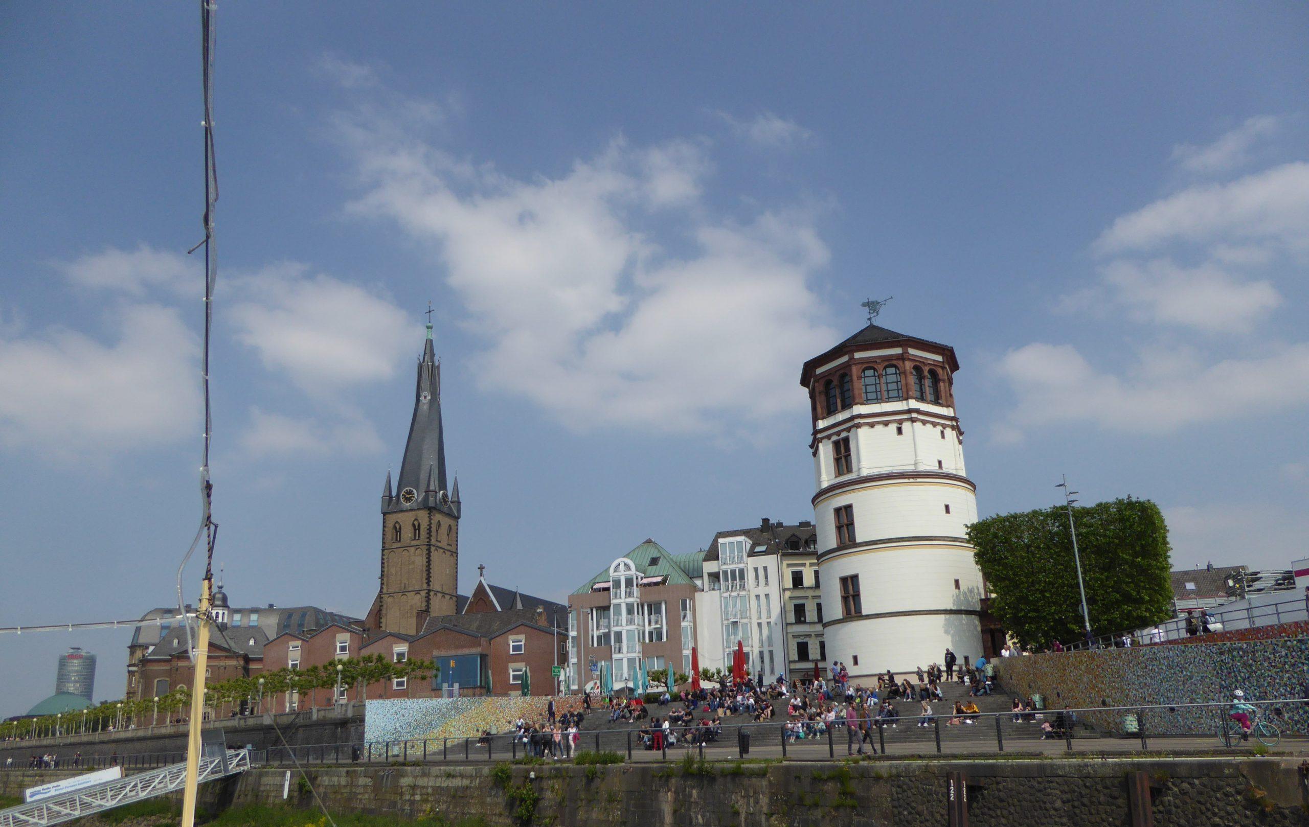 Schlossturm mit Lambertuskirchee