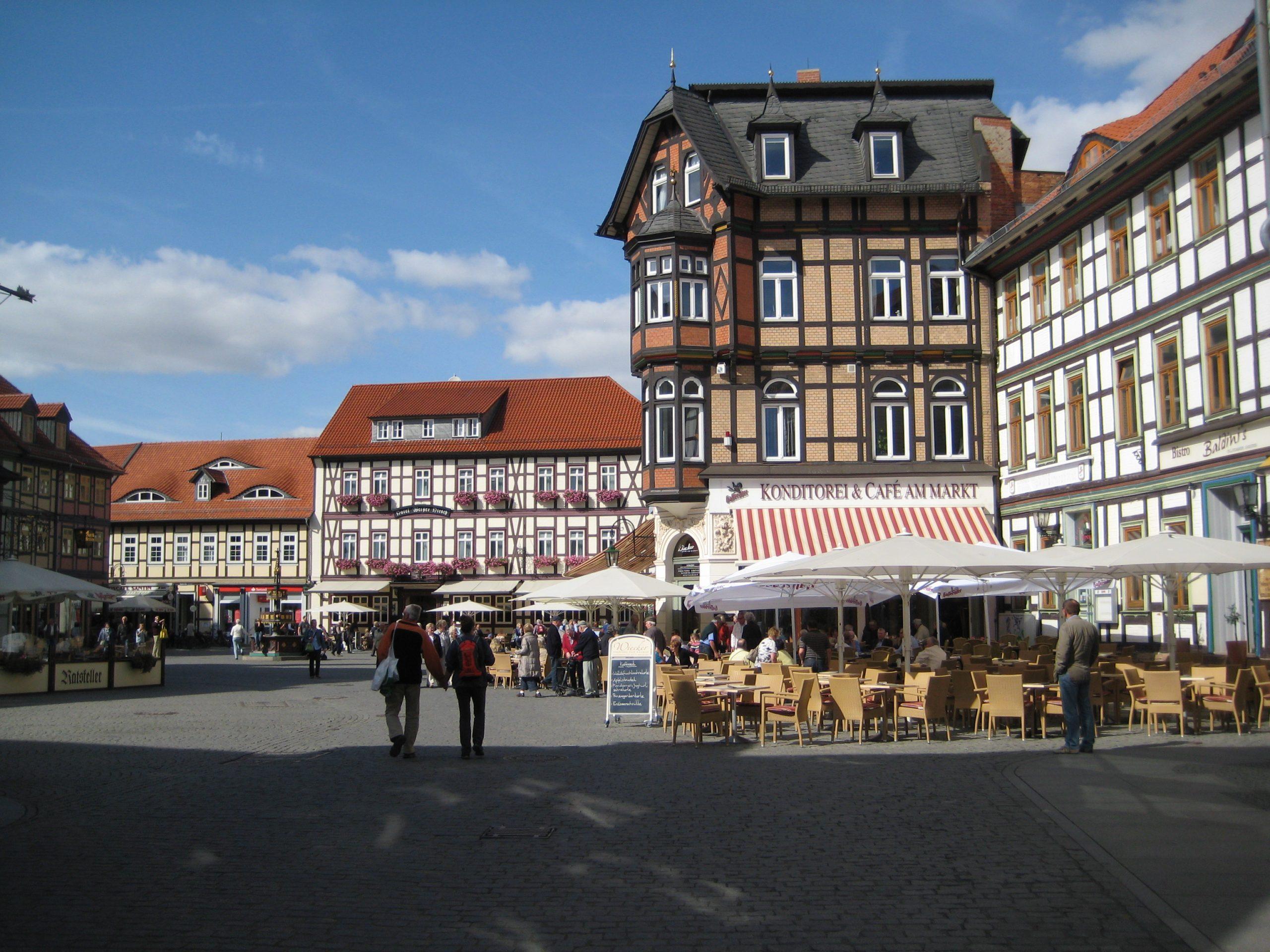 02 Rathausplatz